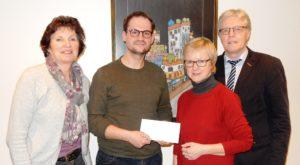 Spendenübergabe Eine-Euro-Aktionvon links: Angela Hebbelmann, Thorsten Butterweck, Heide Heyen-Strehlau, Reinhard Hebbelmann
