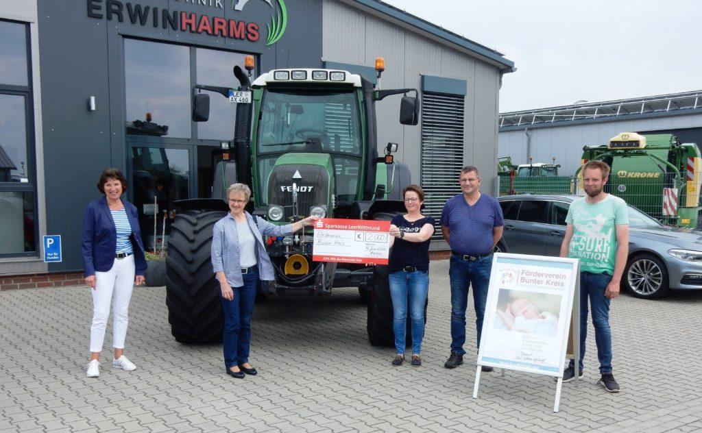 Spendenübergabe bei Erwin Harms Agrartechnik GmbH, Stapelmoorerheide